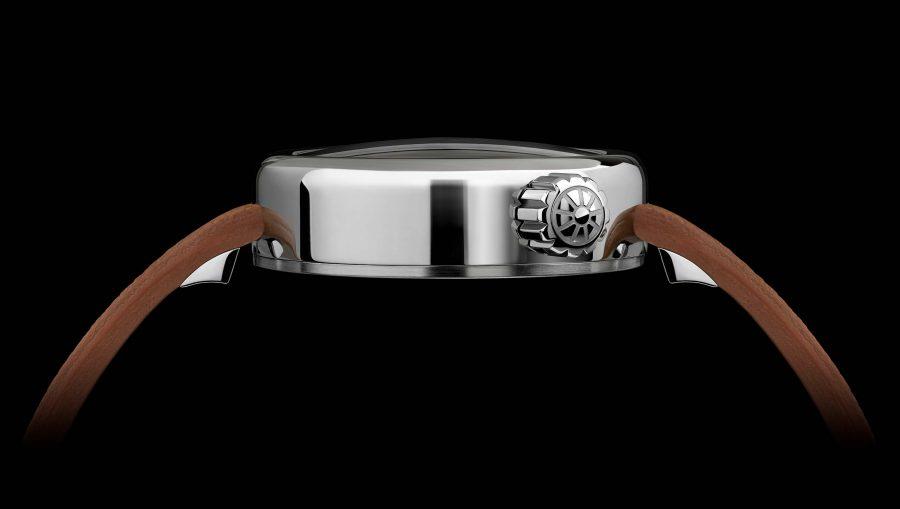 Manometro watch chronograph right side