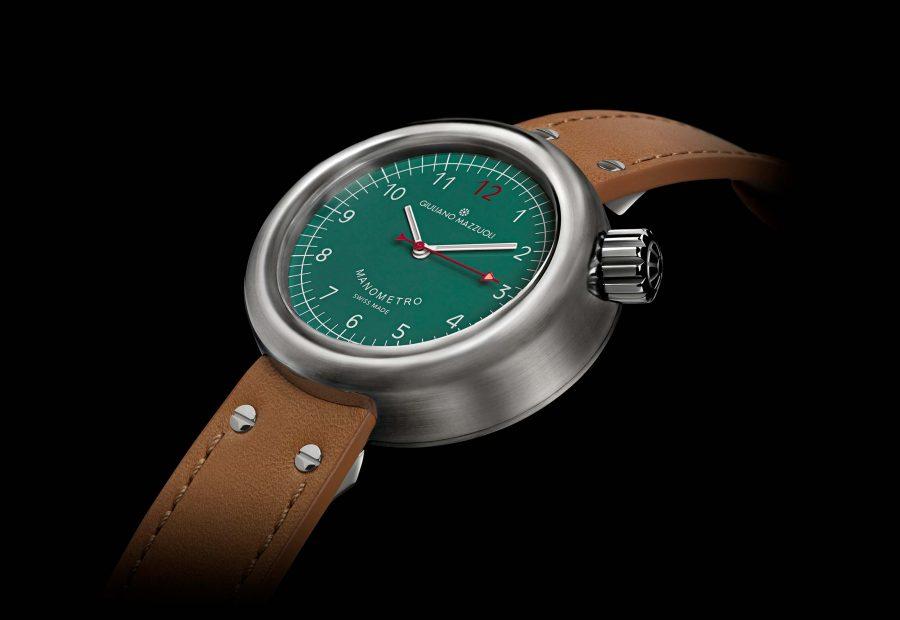 Manometro watch brushed green profile